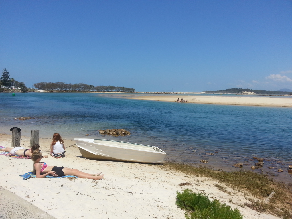 Nambucca River near Creek St River House. A pet friendly accommodation beach house with dog friendly beaches for your holiday at Nambucca Heads near Valla Beach, Mid North Coast NSW