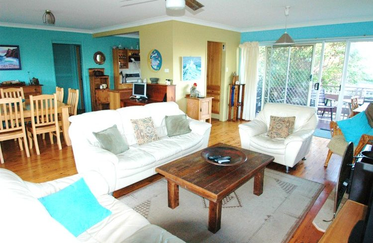 Upstairs lounge area Buena Vista Beach House - A pet & dog friendly accommodation beach house with dog friendly beaches for your holiday at Nambucca Heads near Valla Beach, Mid North Coast NSW